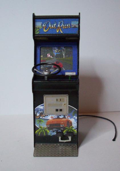 Accessoires diorama : la borne d'arcade au 1:25 28
