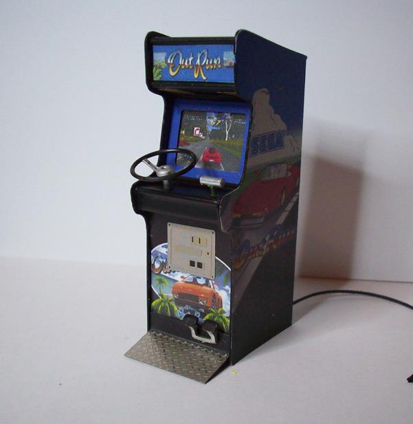 Accessoires diorama : la borne d'arcade au 1:25 30