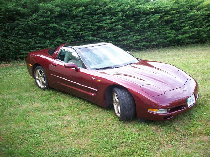 vos vehicules echelle 1  - Page 2 Corvette2003