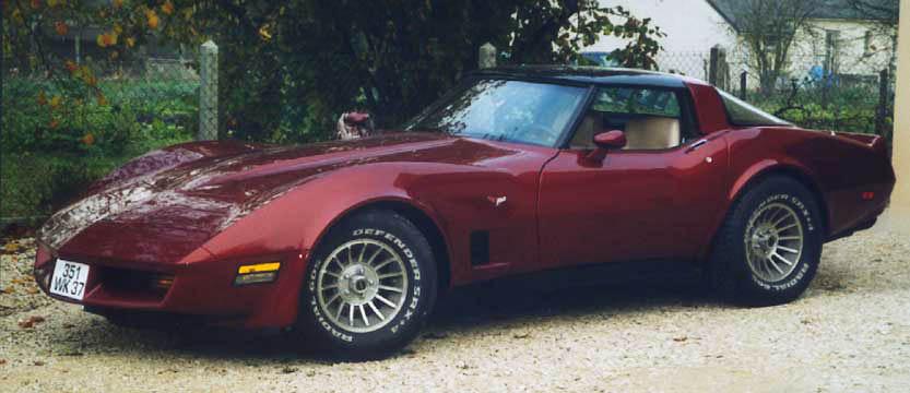 vos vehicules echelle 1  - Page 2 Corvette80-1