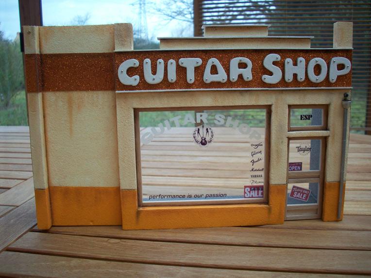 Le Guitar Shop 13