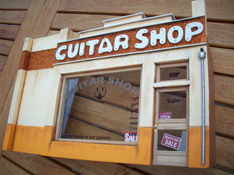 Le Guitar Shop 14