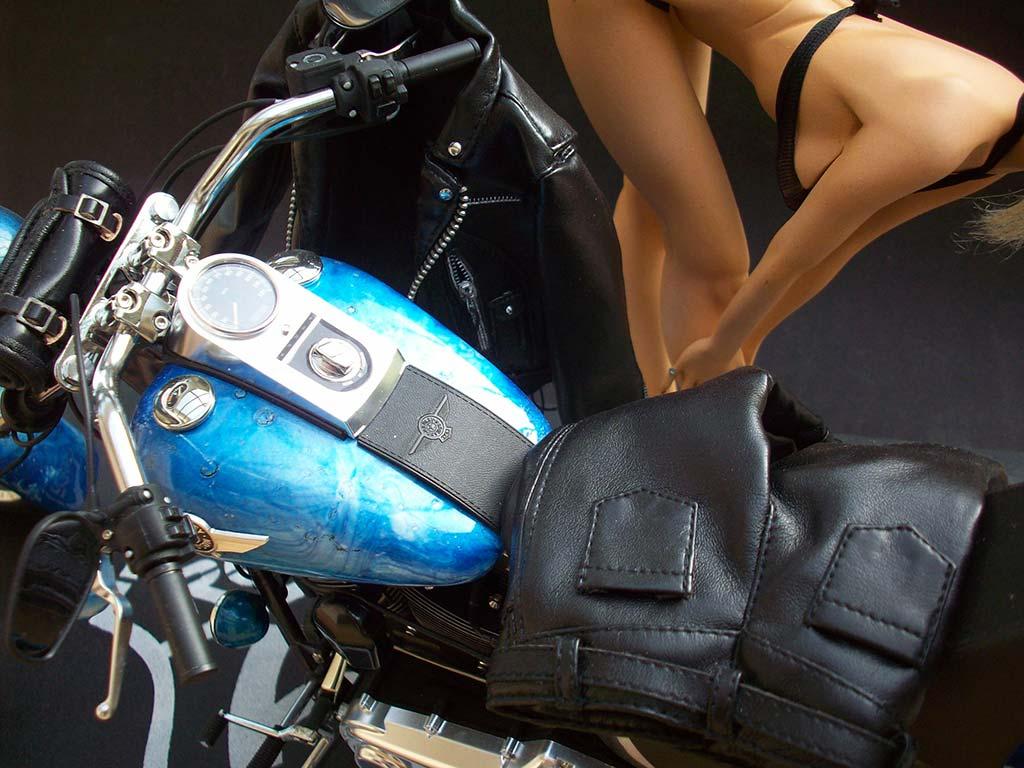 1:6 Harley Davidson Fat Boy Lo (1) - Page 9 107