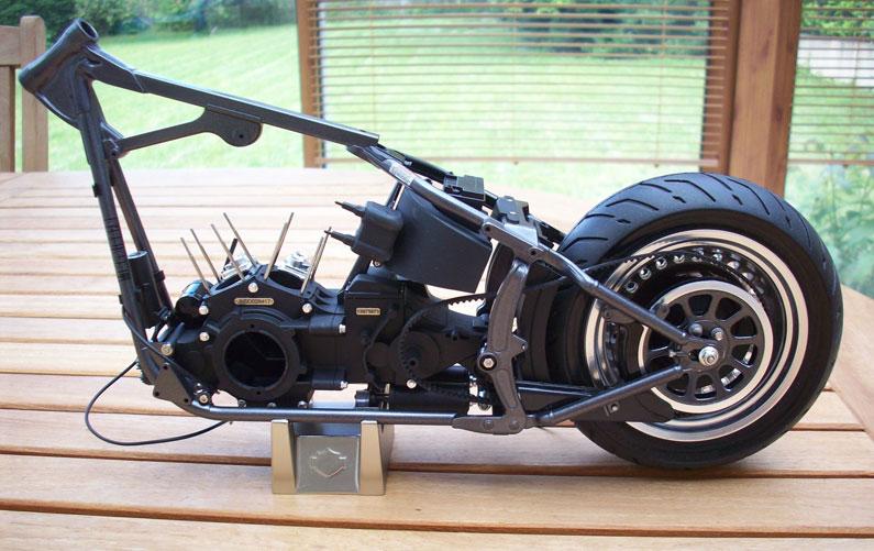 1:6 Harley Davidson Fat Boy Lo (1) - Page 2 12