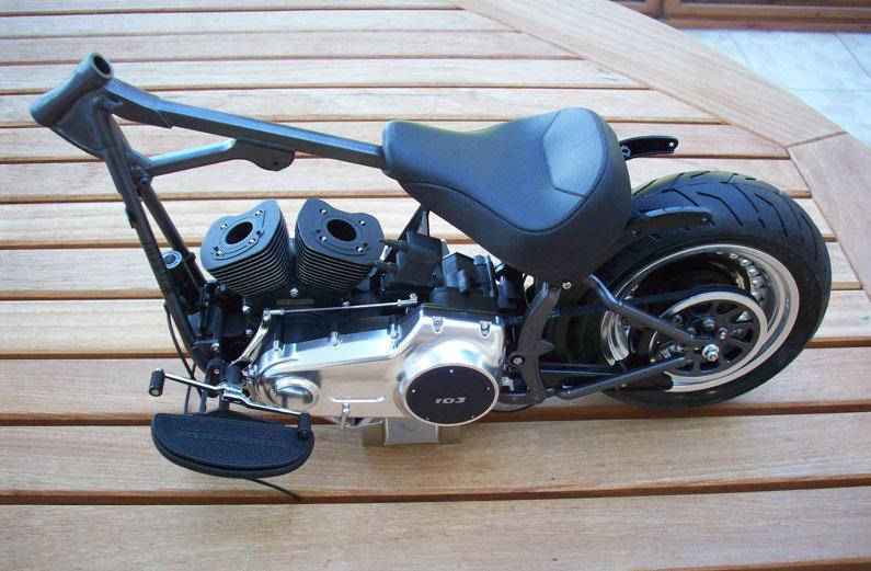 1:6 Harley Davidson Fat Boy Lo (1) - Page 4 23
