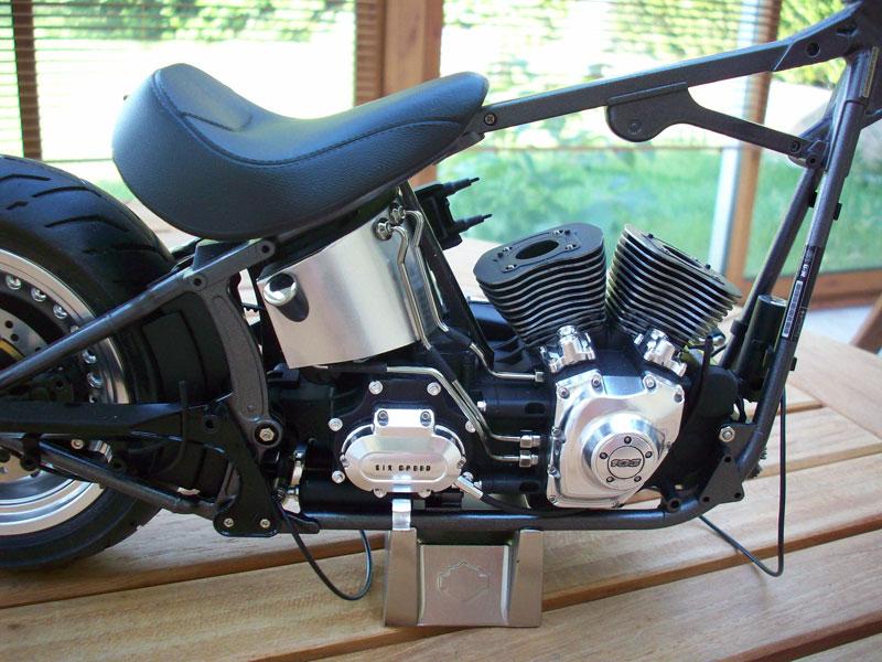 1:6 Harley Davidson Fat Boy Lo (1) - Page 4 24