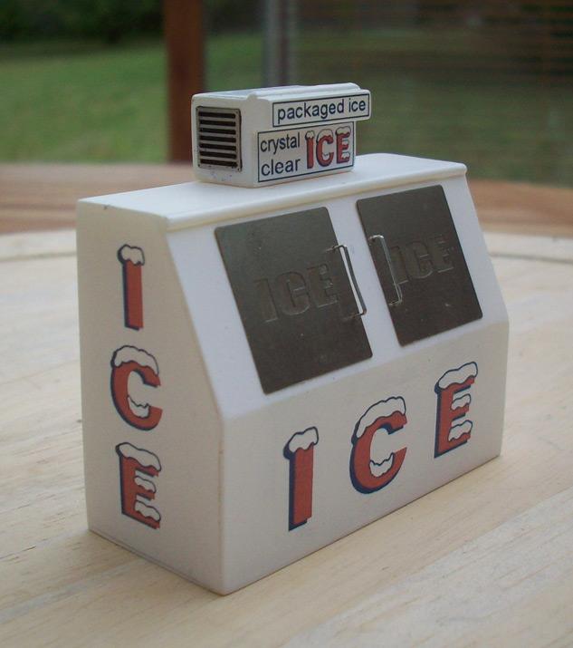 Accessoires diorama : la machine à glace au 1:25   12