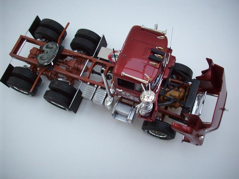 Mack DM600 4