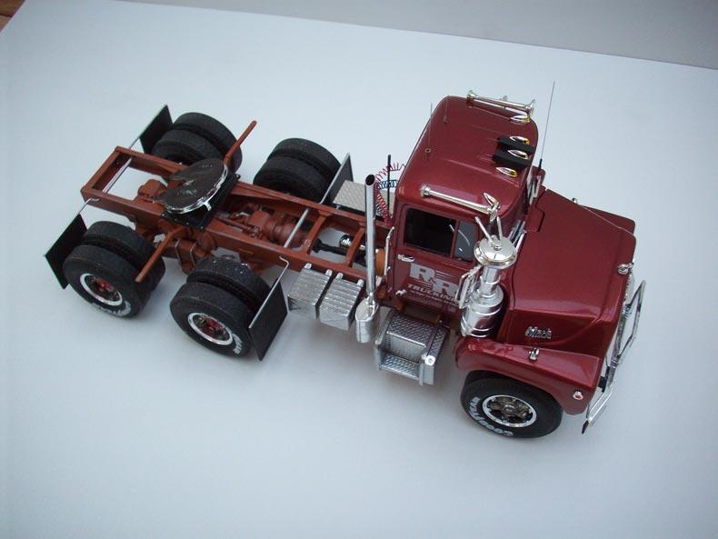 Mack DM600 5