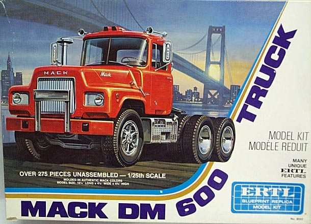 Mack DM600 porteur Mooneyes 0b