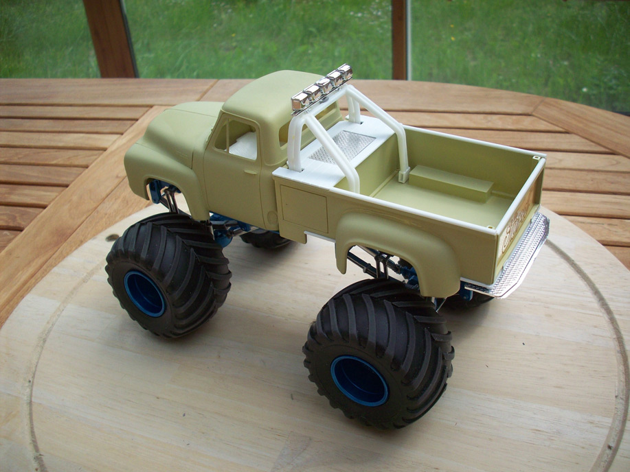 Ford F100 Monster Truck 26