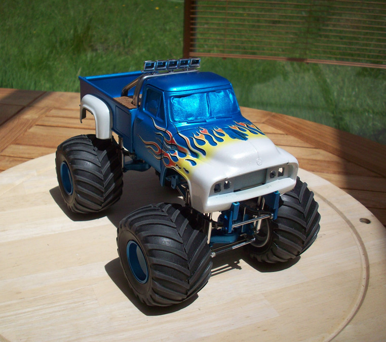 Ford F100 Monster Truck 63