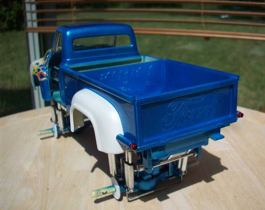 Ford F100 Monster Truck 67