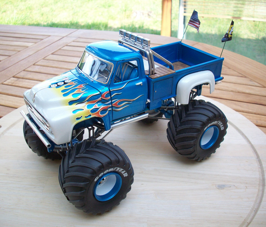 Ford F100 Monster Truck 78