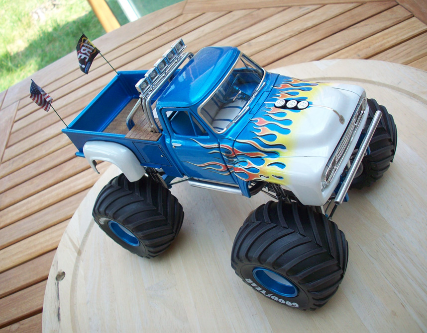 Ford F100 Monster Truck 83