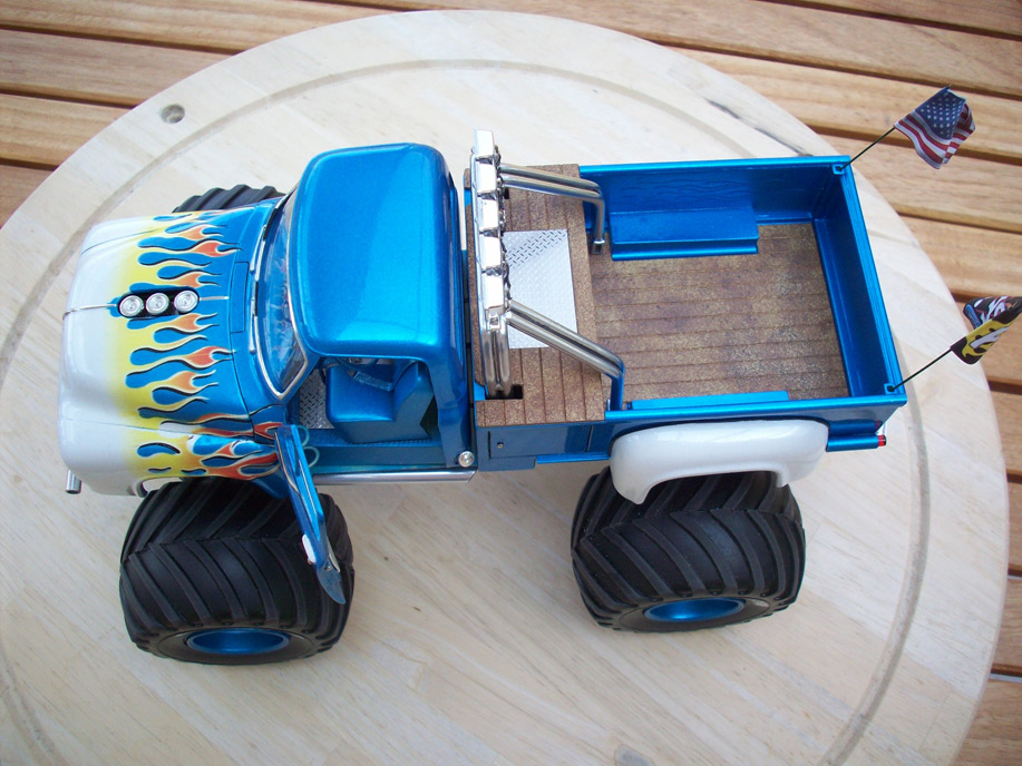 Ford F100 Monster Truck 86