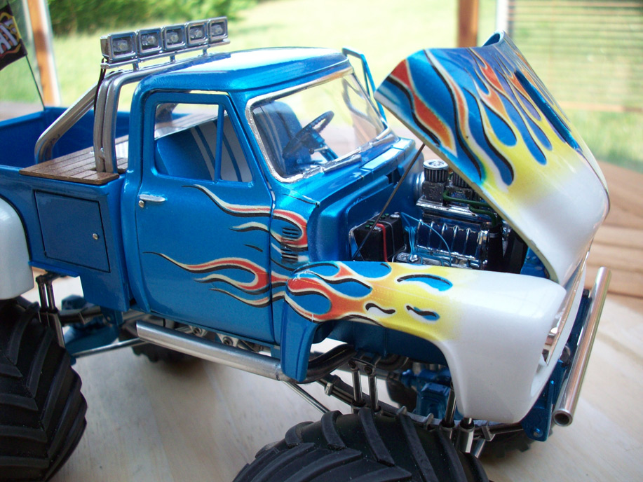 Ford F100 Monster Truck 89