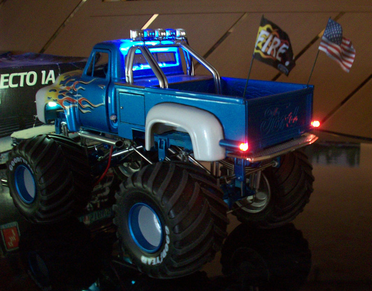 Ford F100 Monster Truck 92