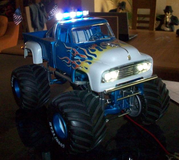 Ford F100 Monster Truck 93