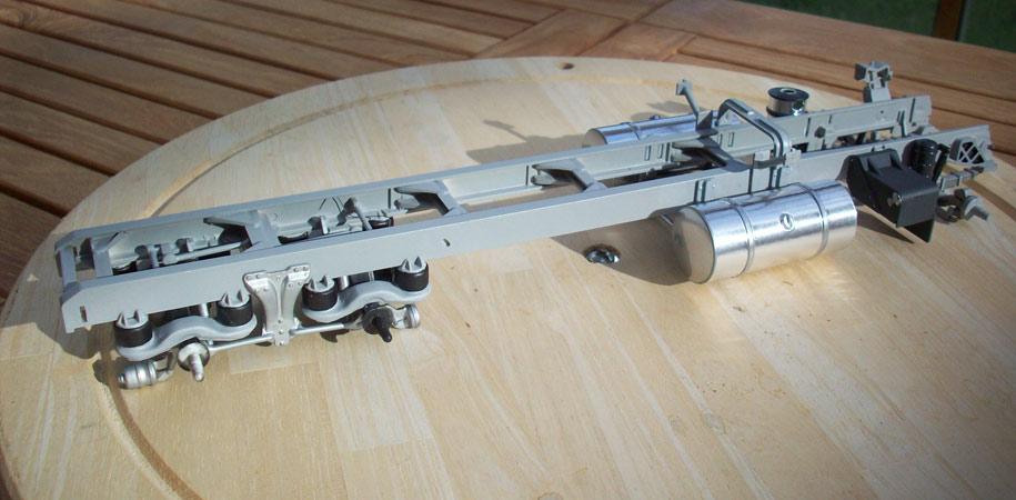 Kenworth Aerodyne porteur 8
