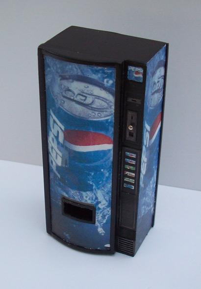 Accessoires Diorama : Le distributeur de boissons au 1:25 8