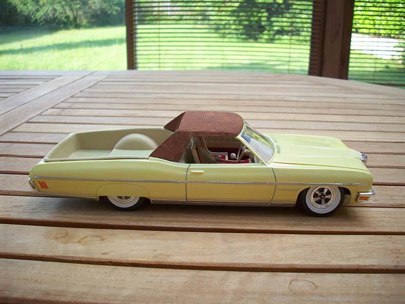 Pontiac Bonneville 1970 10