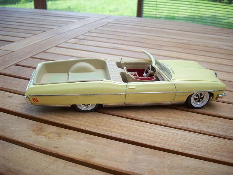 Pontiac Bonneville 1970 2