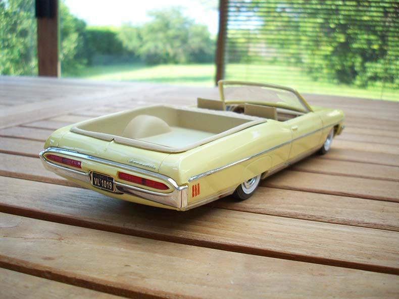 Pontiac Bonneville 1970 4