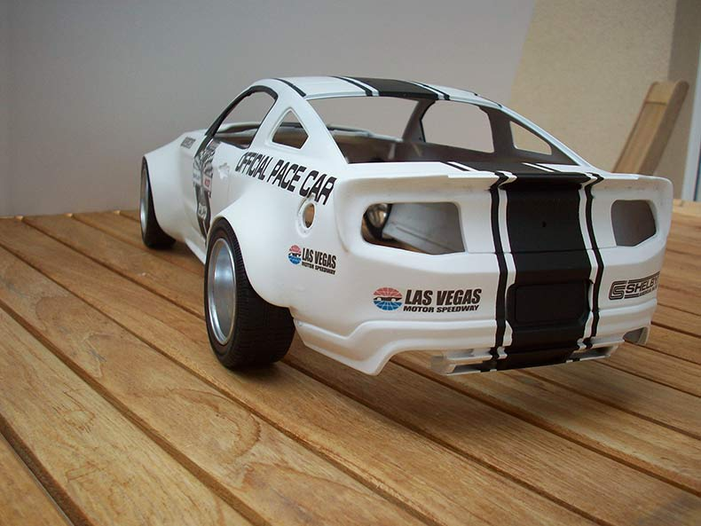 Shelby GT500 Pace car 1/12 [terminé] - Page 6 55