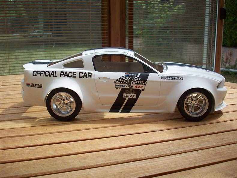 Shelby GT500 Pace car 1/12 [terminé] - Page 6 56