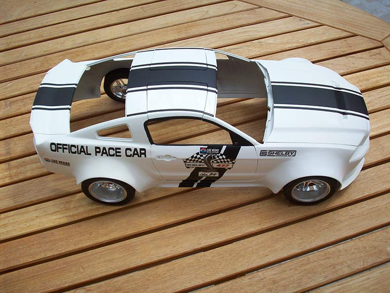 Shelby GT500 Pace car 1/12 [terminé] - Page 6 57