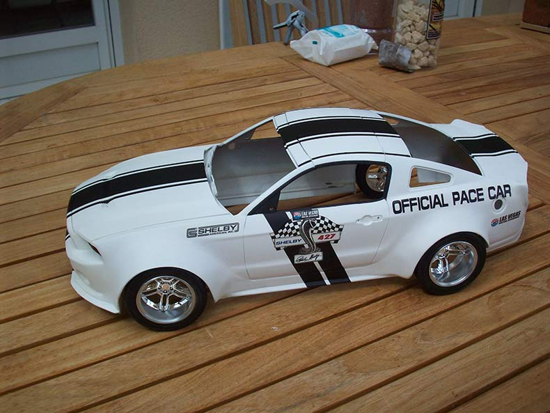 Shelby GT500 Pace car 1/12 [terminé] - Page 6 58