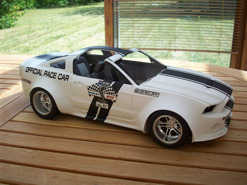Shelby GT500 Pace car 1/12 [terminé] - Page 6 59