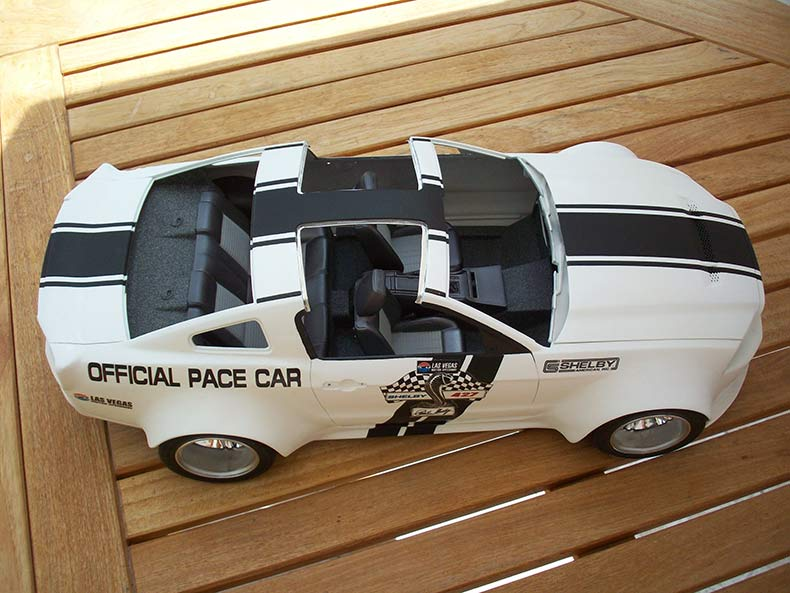 Shelby GT500 Pace car 1/12 [terminé] - Page 6 61