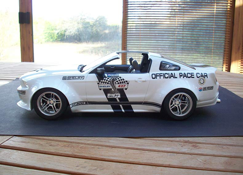 Shelby GT500 Pace car 1/12 [terminé] - Page 9 86