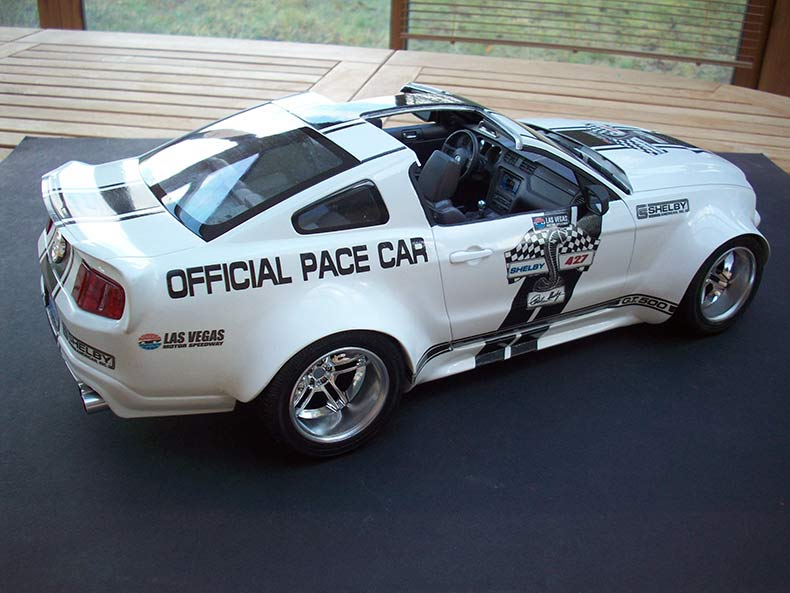 Shelby GT500 Pace car 1/12 [terminé] - Page 9 97